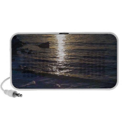 Sunset Travel Speaker