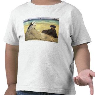 Sur la plage 1873 by Edouard Manet Tshirt