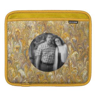 Swirled Gold Chic Abstract Paisley Shiny Effect iPad Sleeve