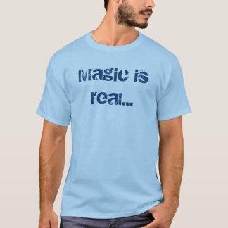 """T-shirt """"Magic is material… """""""