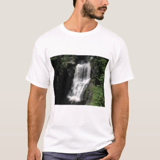 T-Shirt with waterfall photo