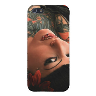Tattoo Pin Up iPhone 5/5S Cover