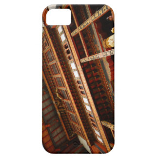 Temple Roof Case For The iPhone 5