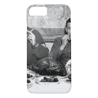 Thanksgiving cheer distributed for_War image iPhone 8/7 Case