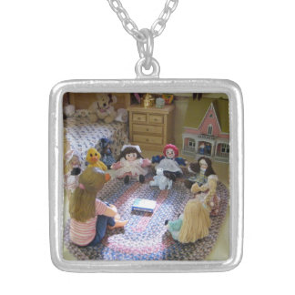 The Dolls Called a Meeting Necklace