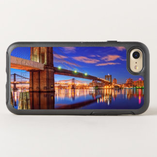 The East River, Brooklyn Bridge, Manhattan OtterBox Symmetry iPhone 8/7 Case