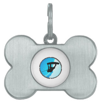 THE FLIP OUT PET TAG
