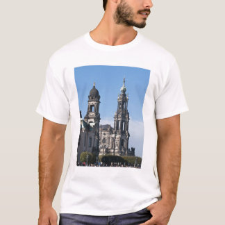 The hofkirche (Church of the Court) Dresden T-Shirt