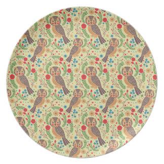 The Retro Horned Owl Dinner Plates