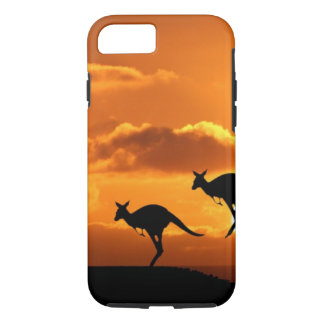 THE ROO RUNNERS. iPhone 7 CASE