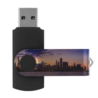 The sun sets over the Chicago skyline USB Flash Drive