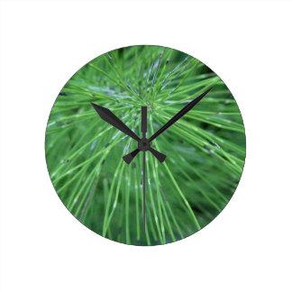 Think Green by GRASSROOTSDESIGNS4U Round Clock