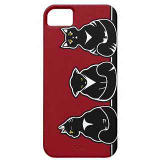 Three not so friendly kitties case for the iPhone 5