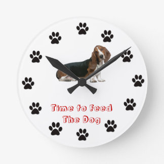 Time to feed the dog Basset Hound Round Clock