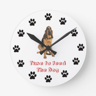 Time to feed the dog Bloodhound Round Clock
