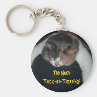 Too Much Trick-or-Treating! Basic Round Button Key Ring