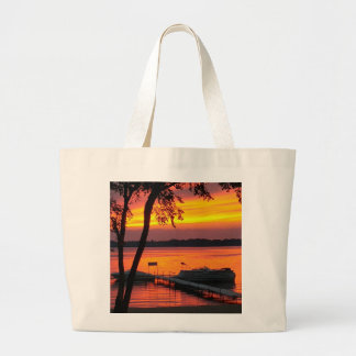 Tote with picture of Sunset over Castlerock Lake