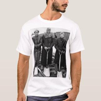 Trackwomen, 1943.  B & O Railroad_War image T-Shirt