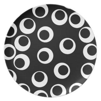 Trendy black and white retro design. dinner plate