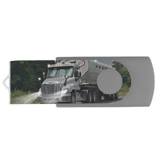 Trucker Feed Truck Lorry Heavy Transport Gift 3 Swivel USB 2.0 Flash Drive