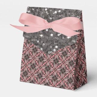 U-pick Color/ Iron Celtic Good Fortune Flower II Favour Boxes