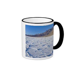 USA, CA, Death Valley NP, Salt Formations at Coffee Mugs