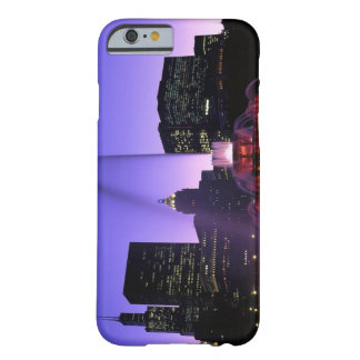 USA, IL, Chicago. Buckingham Fountain in Grant Barely There iPhone 6 Case