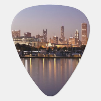 USA, Illinois, Chicago skyline at dusk Plectrum