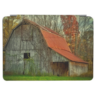 USA, Indiana. rural landscape, vine-covered barn iPad Air Cover