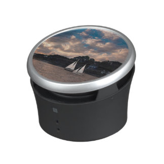 USA, Massachusetts. Sunset Sailing Speaker