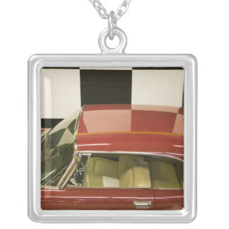USA, Ohio, Cleveland: Western Reserve Historical 3 Silver Plated Necklace