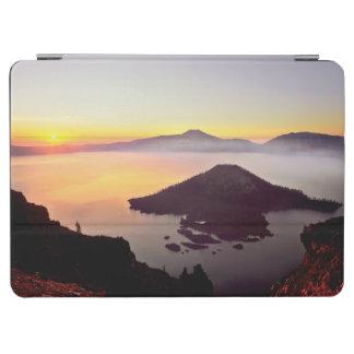 USA, Oregon, Crater Lake National Park 3 iPad Air Cover
