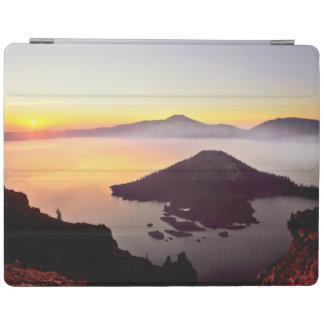 USA, Oregon, Crater Lake National Park 3 iPad Cover