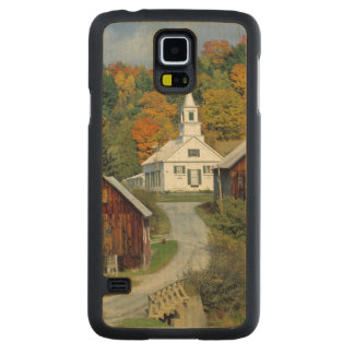 USA, Vermont, Waits River. Fall foliage adds Carved® Maple Galaxy S5 Slim Case