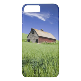 USA, Washington, Old Red Barn in the Spring iPhone 8 Plus/7 Plus Case