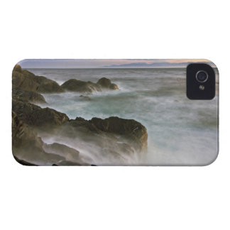 USA, Washington, San Juan Islands.  Waves crash iPhone 4 Cover