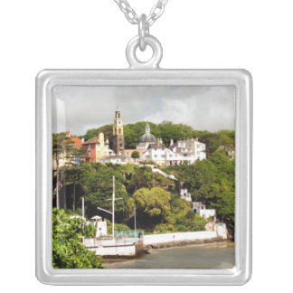 VILLAGES OF WALES SILVER PLATED NECKLACE