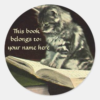 Vintage Animal, Kitten Reading a Book Bookplate Round Sticker