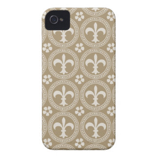 Vintage Brown And White Fleur Delis iPhone 4 Case-Mate Cases