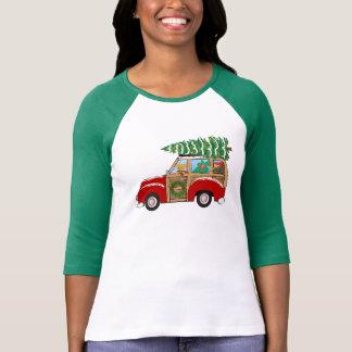 Vintage Christmas Woody Wagon Bringing Home Tree T-Shirt