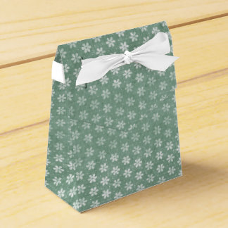 Vintage Grunge White Flowers On Green Favour Box