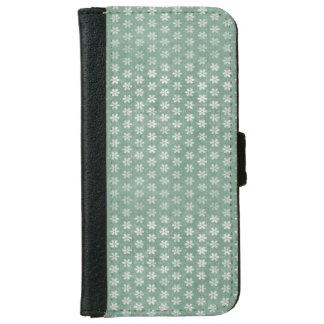 Vintage Grunge White Flowers On Green iPhone 6 Wallet Case