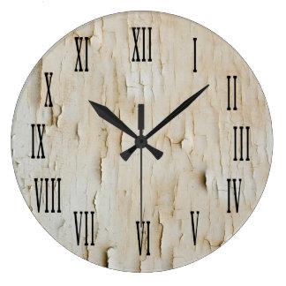 Vintage Look White Distressed Clock