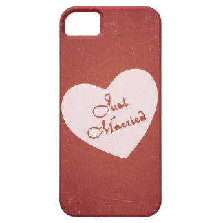 Vintage Retro Style Just Married On Antique Red iPhone 5 Covers