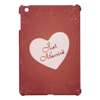 Vintage Retro Style Just Married On Antique Red iPad Mini Covers