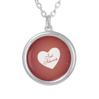 Vintage Retro Style Just Married On Antique Red Pendant