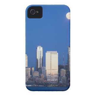 WA, Seattle, Seattle skyline and Elliott Bay 4 iPhone 4 Case-Mate Case