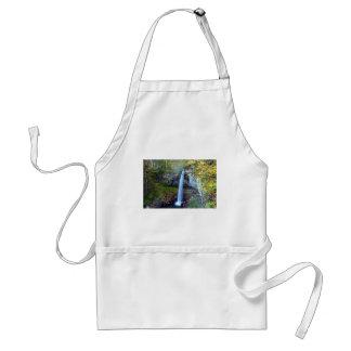 waterfall great standard apron