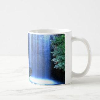 waterfall mug 8