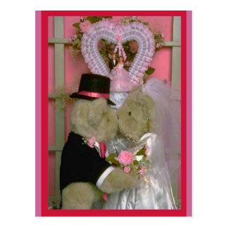 Wedding bears under a heart post card